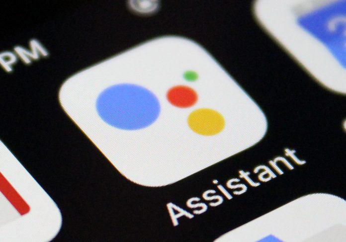 استفاده از مکالمات دستیار صوتی گوگل و اپل به تعلیق درآمد